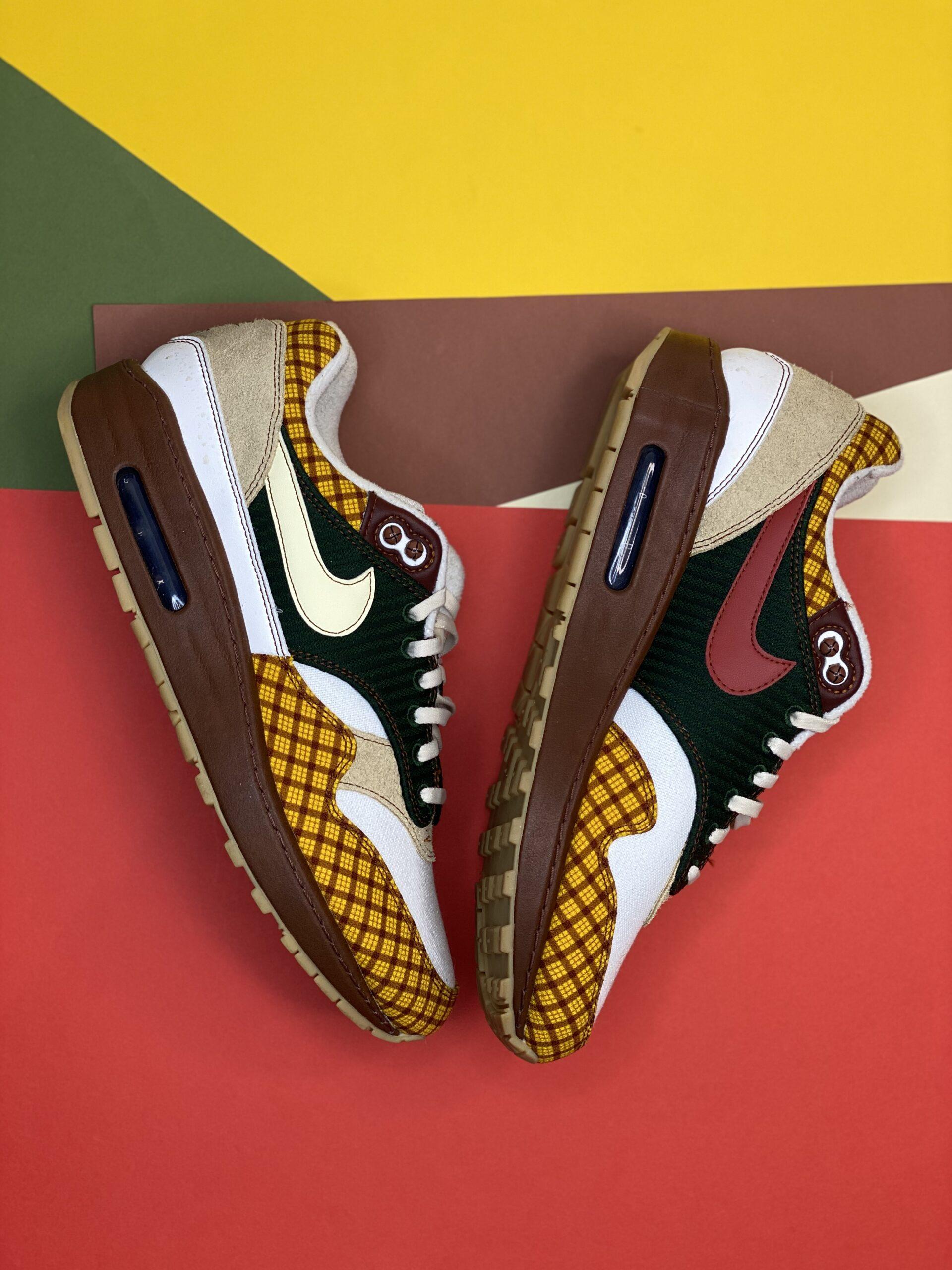 Nike x Laika